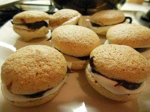 Merengue sandwich
