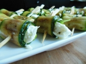 Courgetterolletjes met buffelmozzarella