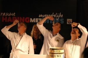 Jaap, Peter en Alain proeven de eerste Hollandse Nieuwe